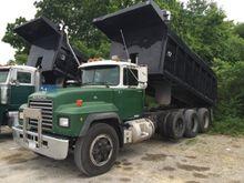 Used 1997 Mack RD 68