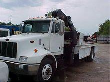 1999 PETERBILT 330 in