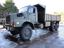 1990 Volvo N10 6x6 tipper truck