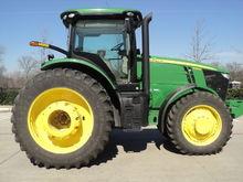 John Deere 7215R Tractors