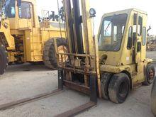 TOWMOTOR V200 Forklifts