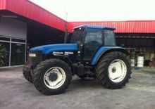 New Holland Holland 8