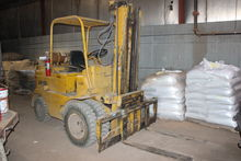 1964 1964 Towmotor 680 Forklift