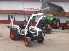 BOBCAT CT235 MFWD TRACTOR LOADE