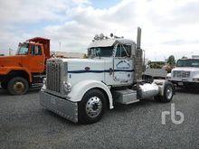 1987 PETERBILT 382 Truck Tracto