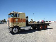 1987 PETERBILT COE Sleeper Flat