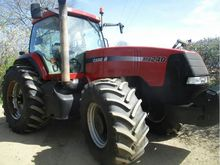 CASE MX240 TRACTOR in