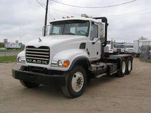 2007 MACK CV713 Winch Truck