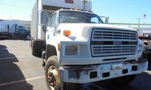 1992 FORD F800 Garbage Truck