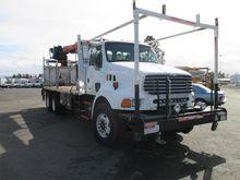 2004 STERLING LT8500 Crane Truc