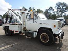 1983 GMC 7000 Wrecker Tow Truck