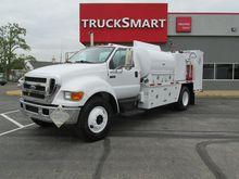 2005 Ford F750 Fuel Truck - Lub