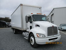 2011 KENWORTH T270 Box Truck -