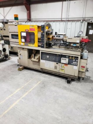 Nissei 40 Ton Injection Molding Machine PS40E5ASE in Scottsburg, IN, USA