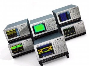 Tektronix TDS7104 in United States