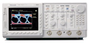 Tektronix TDS784D in United States