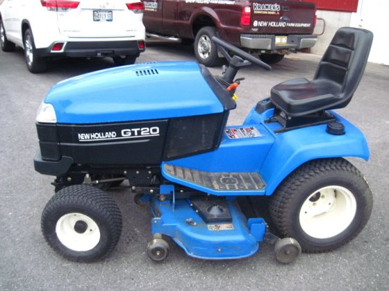 2002 NEW HOLLAND GT20 GARDEN