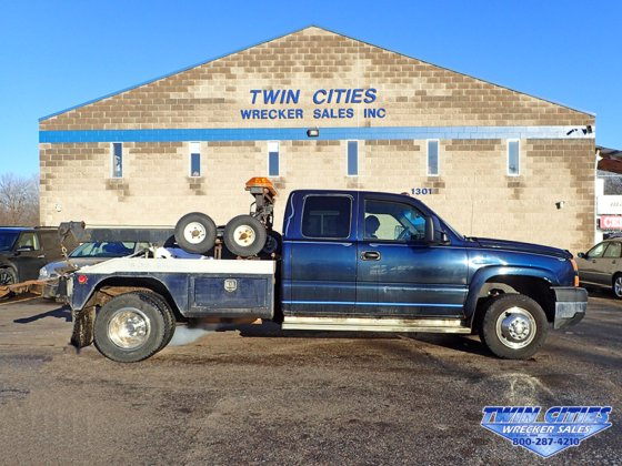 2006 Chevrolet Silverado K3500 Extended Cab wrecker tow truck in Saint  Paul, MN, USA