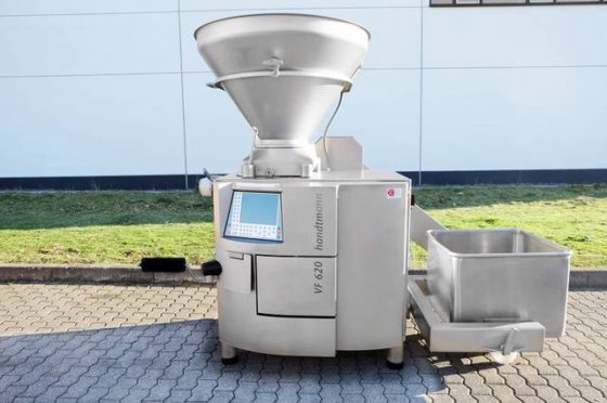 Handtmann VF 620 vacuum filler with linking gearbox 34-5