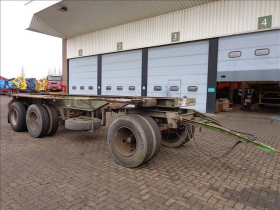 1979 Pacton CONTAINER CHASSIS 3-AS