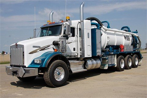 2013 KENWORTH T800 #9605 in