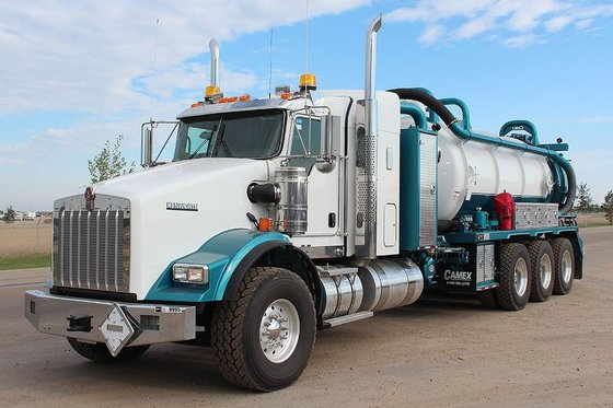 2013 KENWORTH T800 #9995 in