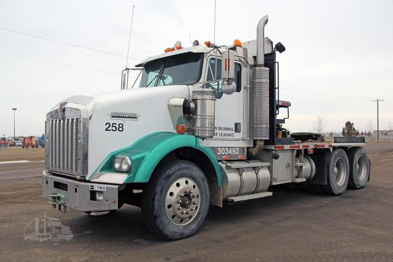2002 KENWORTH T800B #11910 in