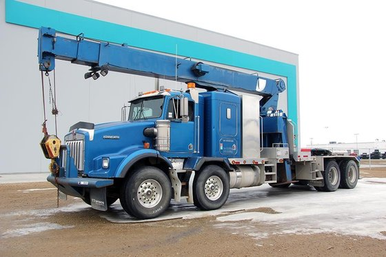 2001 KENWORTH T800 #8944 in