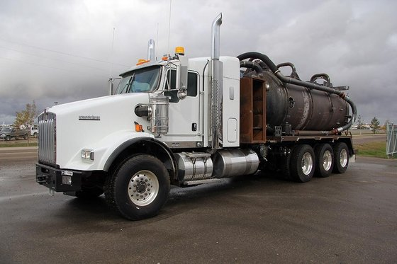 2015 KENWORTH T800 #11764 in
