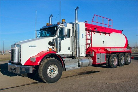 2015 KENWORTH T800 #11820 in