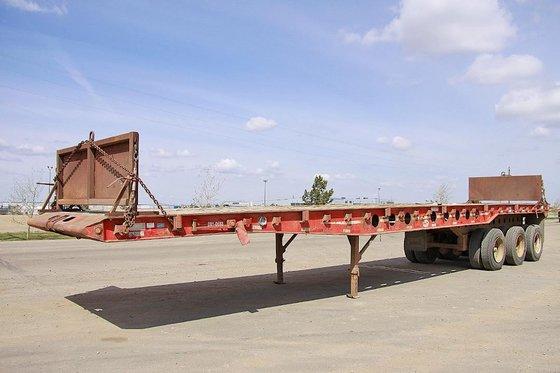 2003 SCONA 46' BedTruck Oilfield
