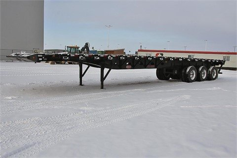2015 PITTS 48' Tri Axle