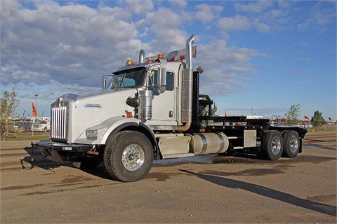 2010 KENWORTH T800 #13121 in