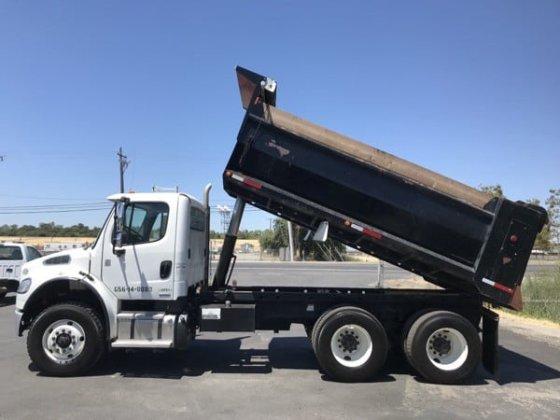2011 Freightliner M2 10 Yard Dump Truck in California in Ashland, OR, USA