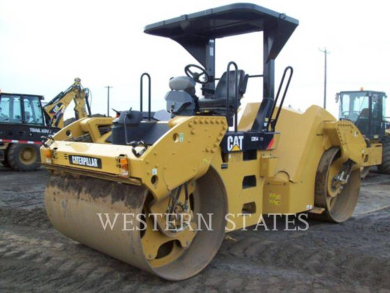 2014 CATERPILLAR CB54 XW in