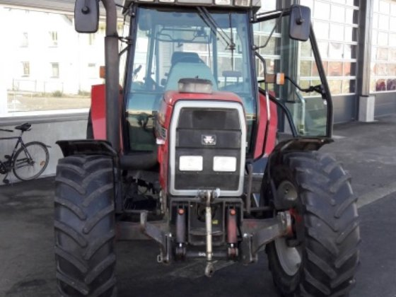 1997 Massey Ferguson 6160 in Riedhausen, Germany