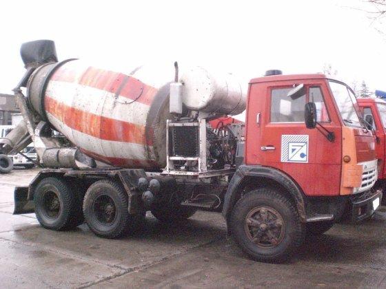 1994 KAMAZ 54112 concrete mixer