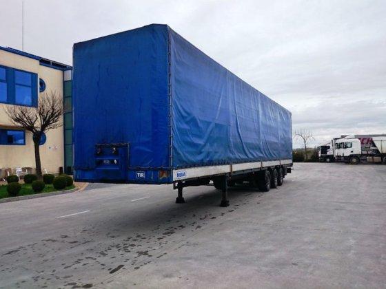 2008 MEGA tilt semi-trailer in