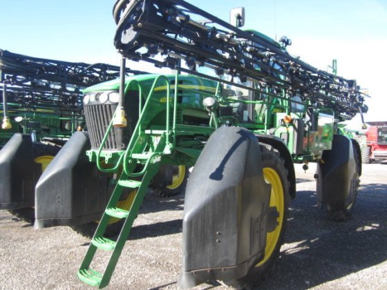 2012 JOHN DEERE 4830 self-propelled