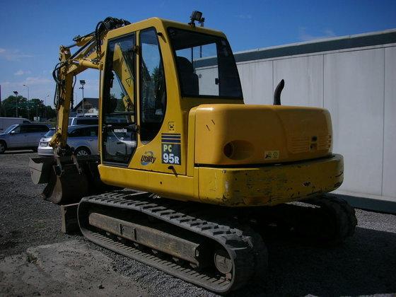 2005 KOMATSU PC95 tracked excavator