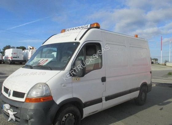2005 RENAULT Master closed box