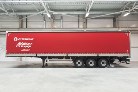 GRUNWALD Curtain side semitrailer tilt