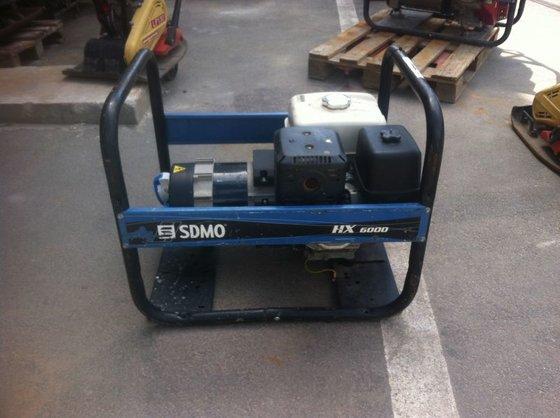 2012 SDMO HX 6000 S