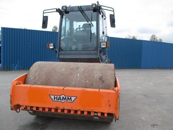 HAMM 3307 single drum compactor