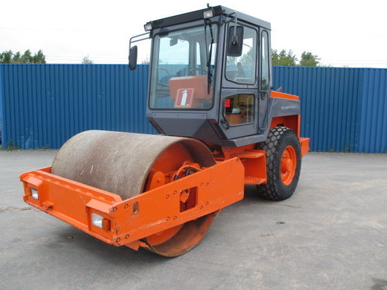 HAMM 3011D single drum compactor