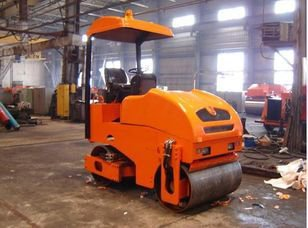 BelDT 1031 mini road roller