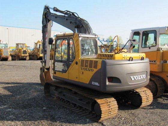 2007 VOLVO EC140B tracked excavator
