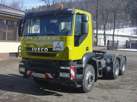 2010 IVECO 440T45 TRAKKER tractor