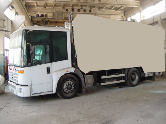 2004 MERCEDES-BENZ Econic 1828 chassis