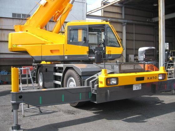 2012 KATO KR25 mobile crane